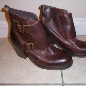 JEFFREY CAMPBELL ~ LEATHER ANKLE BOOTS / BOOTIES 9